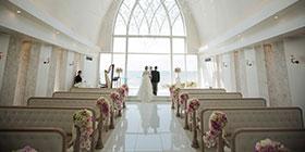 在美麗蔚藍海白沙灘包圍的艾葵雅教堂留下甜蜜美麗回憶~葉先生 & 江小姐的沖繩婚紗攝影